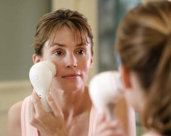 Ультразвуковые аппараты для очищения лица: за или против